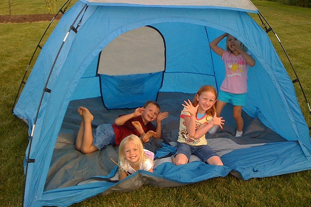 Camping At Home Fun Ideas For Camping In Your Backyard Froddo - Backyard camping ideas