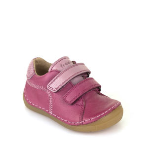 Children's shoes picture