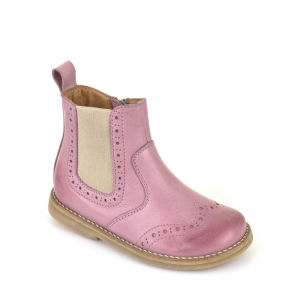 Children boots picture